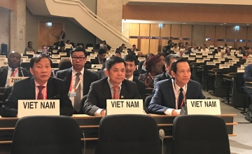 The cooperative movement and its roles in promoting the decent work for workers in Viet Nam