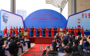 Phó Thủ tướng Trịnh Đình Dũng khai mạc Triển lãm thành tựu phát triển KTTT, HTX và hoạt động của hệ thống Liên minh HTX Việt Nam, giai đoạn 2016-2020