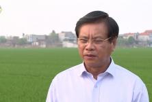 Đồng chí Bouasone Bouphavanh trả lời phỏng vấn - Viện Nghiên cứu kinh tế quốc gia Lào thăm HTX