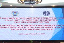 ILO Việt Nam trao tặng thiết bị CNTT họp trực tuyến cho Liên minh HTX Việt Nam