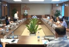 Ủy ban Kinh tế tọa đàm với chuyên gia về tình hình thực hiện kế hoạch KT-XH