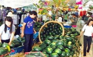 Saigon Co.op đẩy mạnh thu mua dưa hấu của nông dân